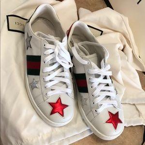Women's Gucci star sneakers